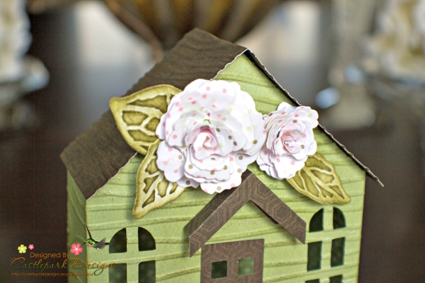 Joann-Larkin-Spring-House-Box-Closeup