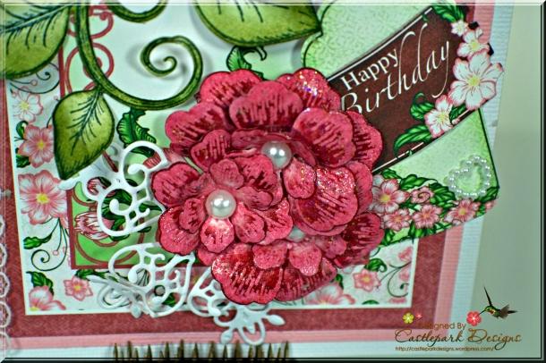 Joann-Larkin-Center-Explosion-Card-Flower2