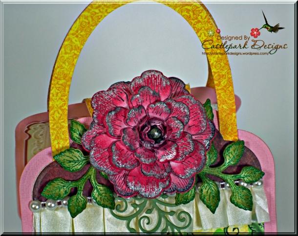 Joann-Larkin-Cupcake-Purse-Flower