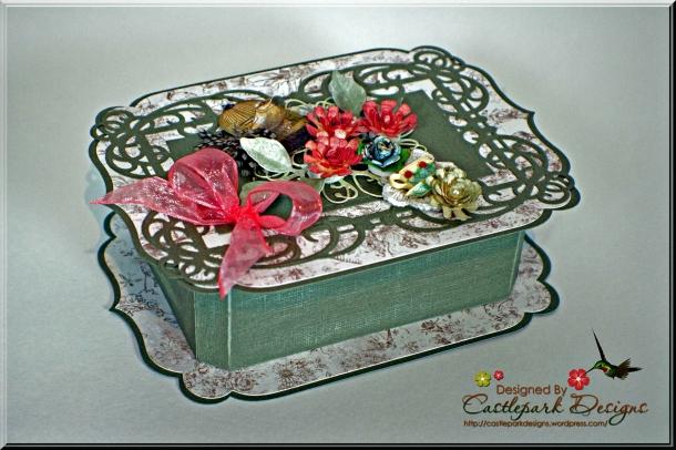 Joann-Larkin-Vinage-Rectangle-Box