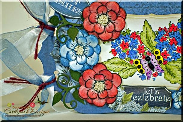 Joann-Larkin-Gift-Card-Mini-Albumn-Flowers