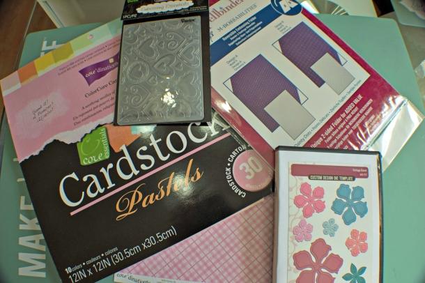 Joann-Larkin-Hinged-Heart-Box-Supplies