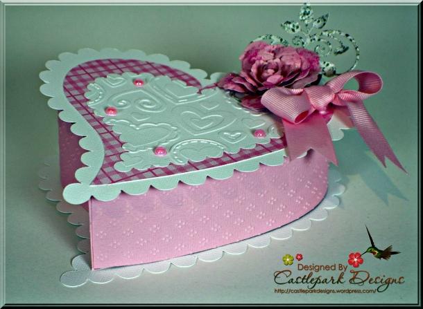 Joann-Larkin-Hinged-Heart-Box