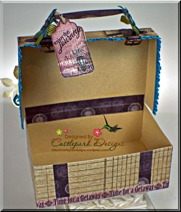 Joann-Larkin-Vintage-Suitcase-Open