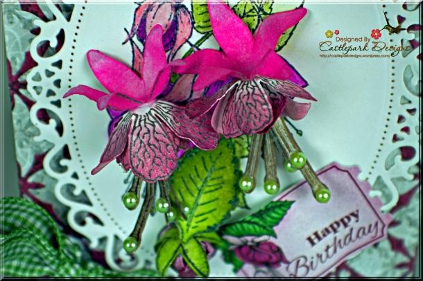 Joann-Larkin-Oval-Egde-Gatefold-Card-Flowers