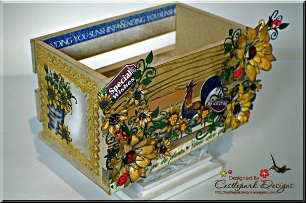 Joann-Larkin-Old-Fashioned-Fall-Harvest-Crate