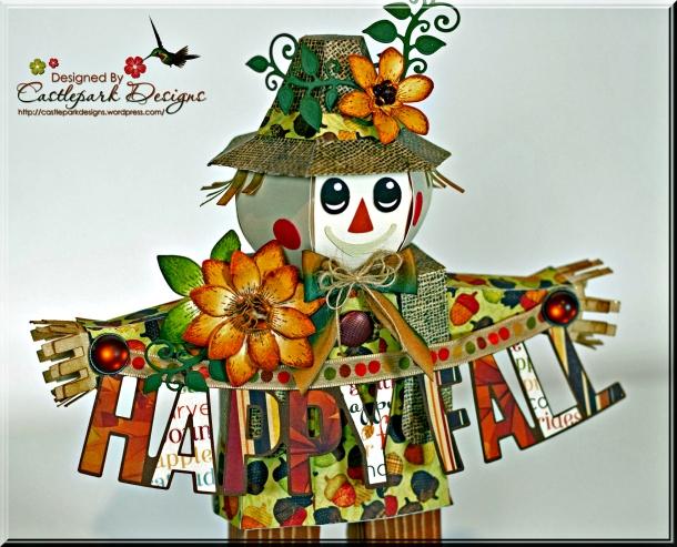 Joann-Larkin-3D-Scarecrow-Closeup