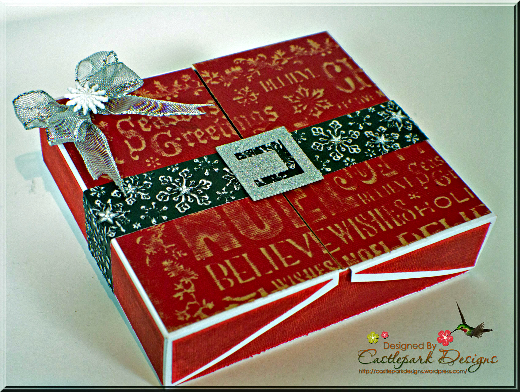 Star Christmas Card with Gift Box | Castlepark Designs