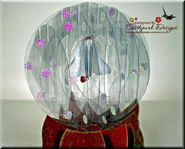 Joann-Larkin-Snow-Globe-Closeup1