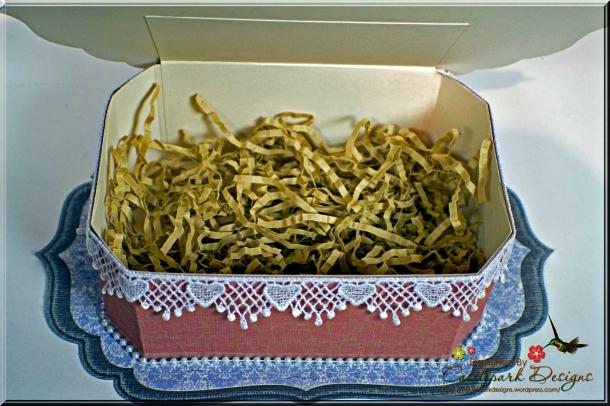 Joann-Larkin-Vintage-Rectangle-Box-Open