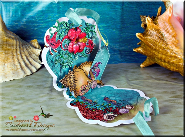 Joann-Larkin-Sea-Shell-Popup-Card-Open