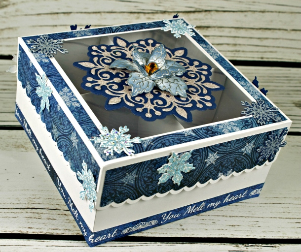 Joann-Larkin-Snowflake-Gift-Box